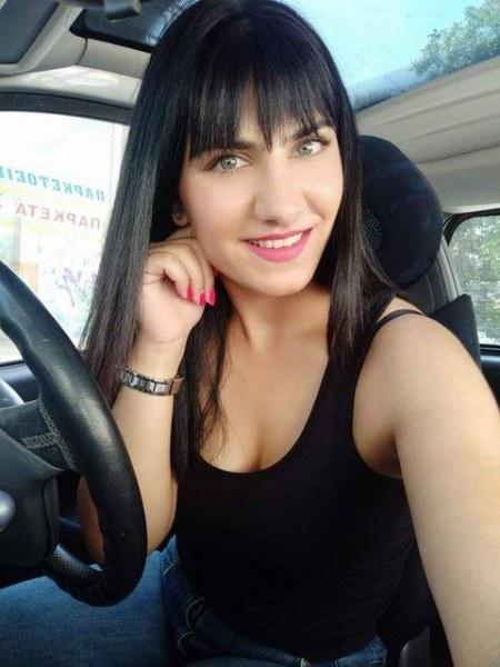 28-годишна жена изчезна в Пловдив, излязла по халат и домашни чехли