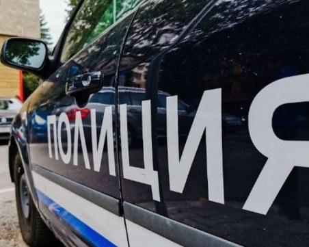 Мъж нападна бившата си жена, докато прибирала детето им от неговия дом