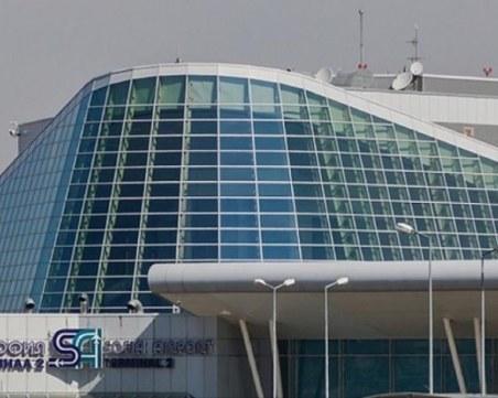 Шефът на летище София подаде оставка