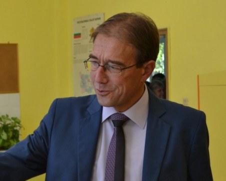 Човекът на Нинова победи наследникът на Гергов в Областния съвет на БСП в Пловдив