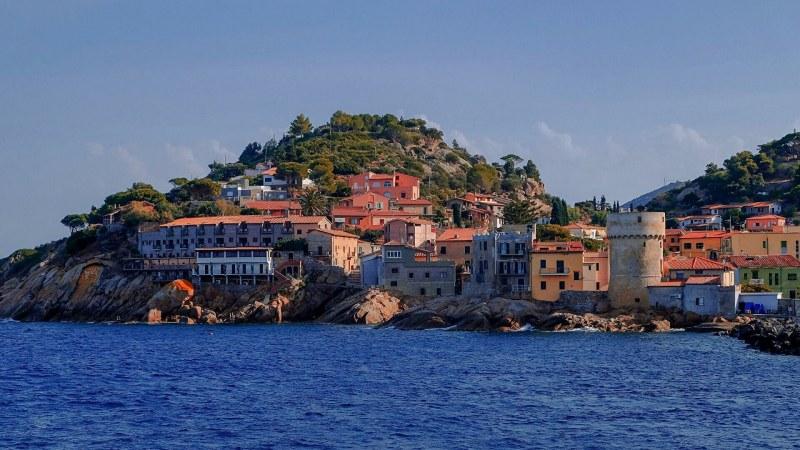 Защо жителите на италиански остров не са заразени с коронавирус?