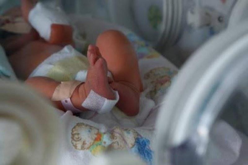 25-годишна жена преби бебето си в Мадан