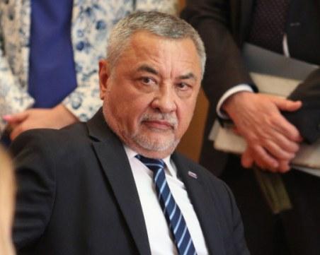 Валери Симеонов категоричен: Не трябва да се променя изборният кодекс