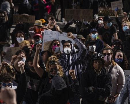 Рехави протести и безпрецедентни мерки във Вашингтон, проверяват дори гвардейците