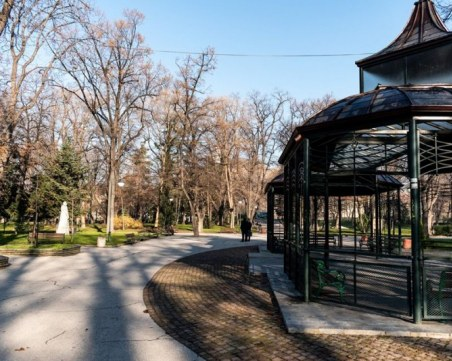 Студ скова Пловдив! Температурата е  -10 градуса