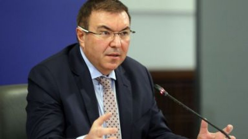 Здравният министър: Поръчали сме ваксини за 9 000 000 българи