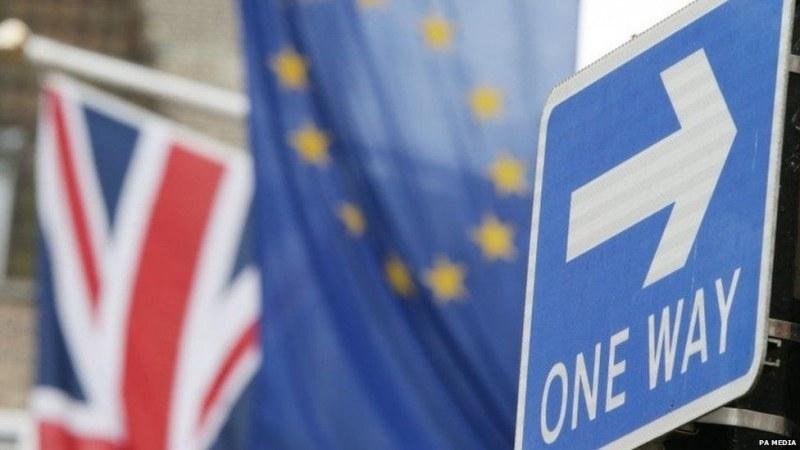 Обединеното кралство и Европейски съюз спорят за дипломатическия статус на блока