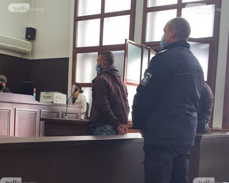 Ревнивец пироман запали къщата на свой приятел край Пловдив, отива в затвора