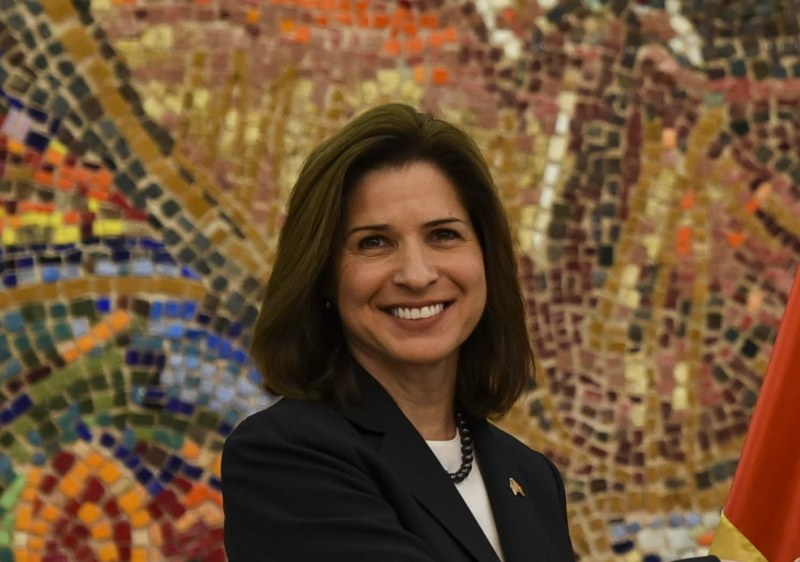Посланикът на САЩ в Скопие: Разочаровани сме от ветото на България
