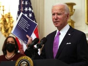 Байдън въвежда отново ограничения за влизане в Съединените щати