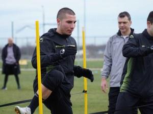 Халф на Ботев поднови тренировки