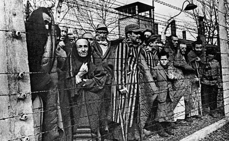 На този ден: Червената армия влиза в Аушвиц