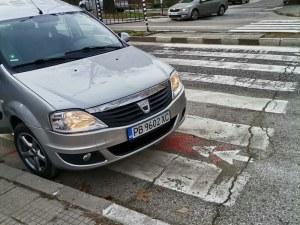 Шофьор спря върху зебра на централен булевард в Асеновград