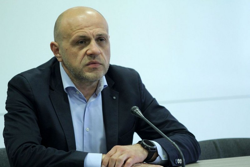 Томислав Дончев даде положителна проба за COVID-19