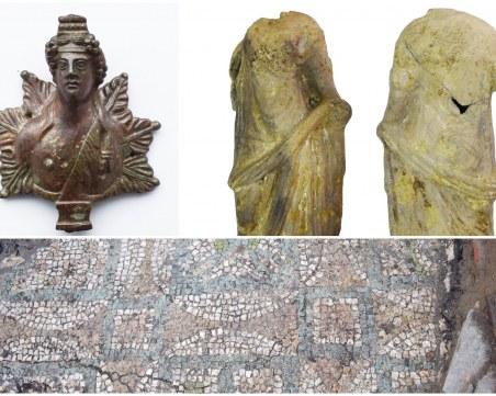 Безценна апликация с бог Дионис и теракотена Венера откриха археолозите в Пловдив