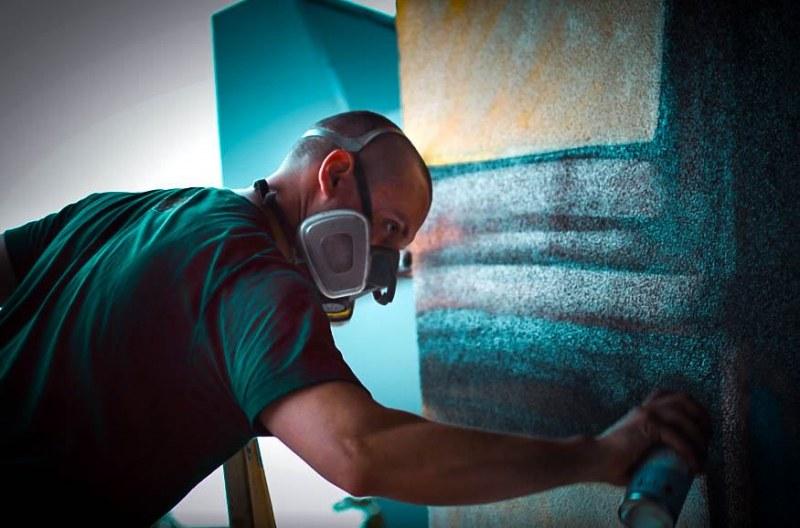 Графитърът Васко Лалов: Центърът на Пловдив не е място, където драскачите може да се упражняват