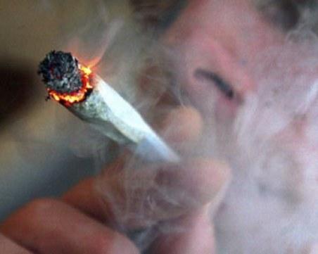 Арестуваха двама с наркотици във Велинград