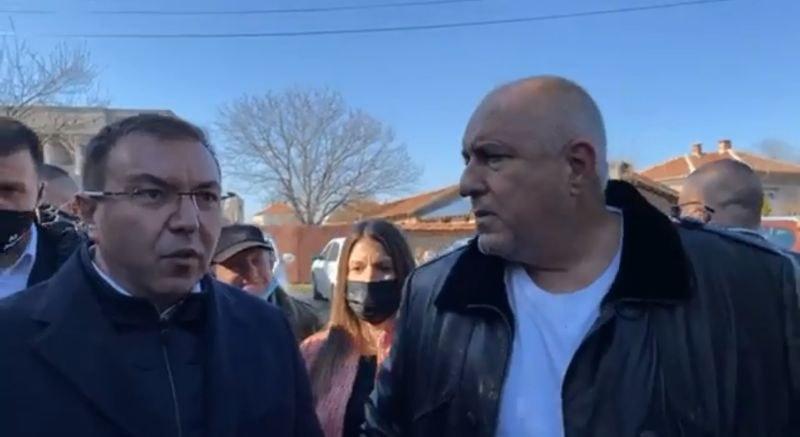 Ангелов: Няма хаос с ваксинацията