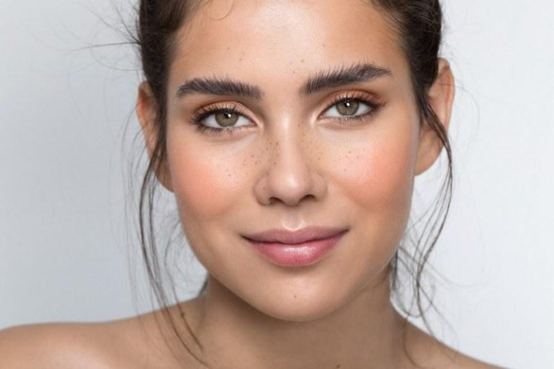 Как да направите кожата си по-млада и блестяща само за 4 седмици?