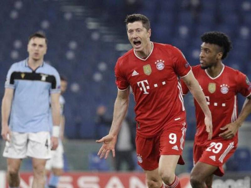Левандовски изпревари Раул по голове в Шампионската лига