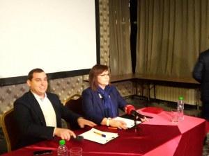 Корнелия Нинова смени цялата листа в Пловдив, уби и последната останала демократичност в БСП