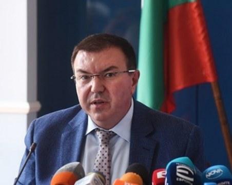 Ангелов: Имаме достатъчно дози на Астра Зенека до събота, доставят 40% от заявеното до август