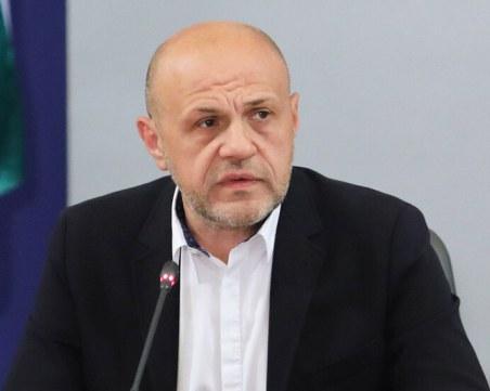 Дончев:Това е търговска война, липсата на ваксини е интрига на европейско ниво