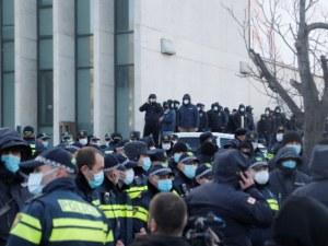 Протести в Грузия! Хиляди излязоха по улиците след ареста на опозиционер
