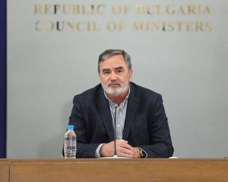 Ангел Кунчев: Ще работим за сертификат за ваксинация независимо, че на някой му се струва дискриминационно