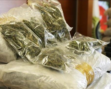 Хванаха двама българи с 126 кг марихуана в Одрин