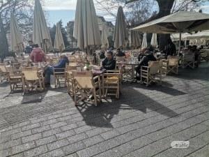 Нетърпеливи пловдивчани превзеха кафенетата на Главната