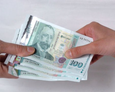 Предлагат нови правила за работните заплати в големите компании