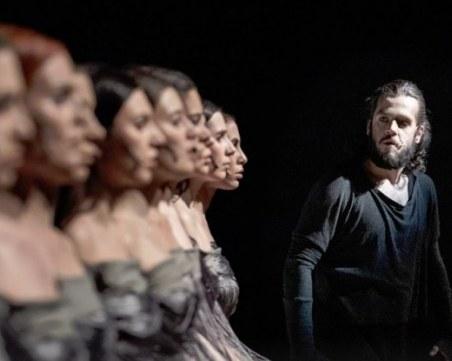 Удивителният Константин Еленков: Не познавам друго море, освен театъра
