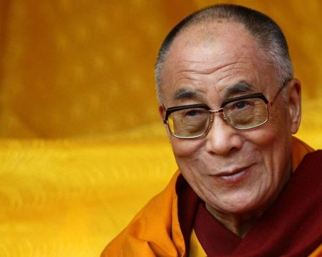Далай Лама се ваксинира срещу коронавирус