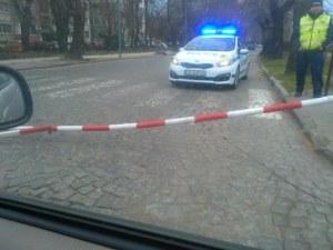 Счупена бариера затруднява преминаването през натоварен прелез в Пловдив