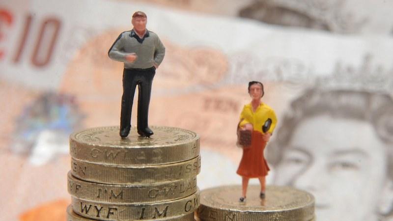 Доходите на жените в България — с 14,1% под тези на мъжете