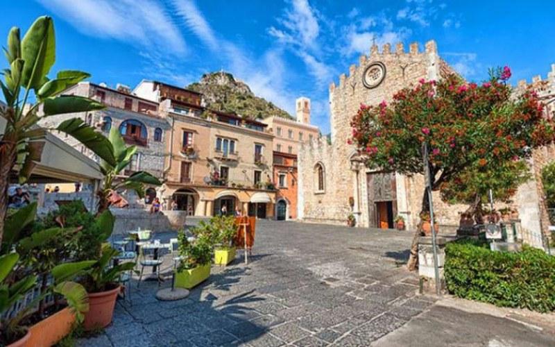 Кметът на Сицилия подаде оставка, заради по-рано поставена ваксина за коронавирус