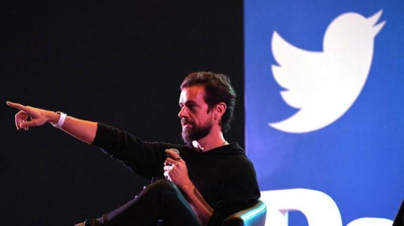 Продават първия туит, цената достигна 2,5 милиона долара