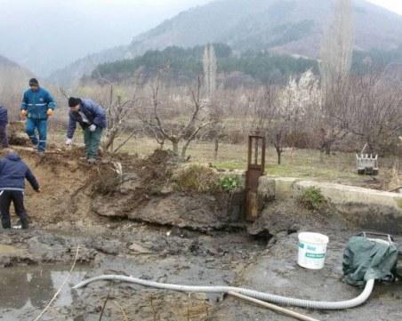Почистват всички напоителни канали в Пазарджишко