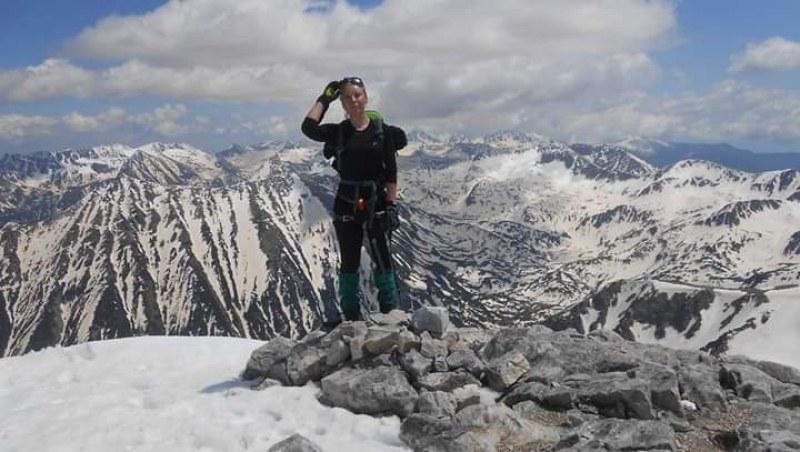 Любовта към планината тласна фелдшерка от Пловдив към мъжка професия