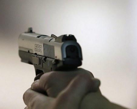 20-годишен откри стрелба в заведение в Бургас, защото затваряли