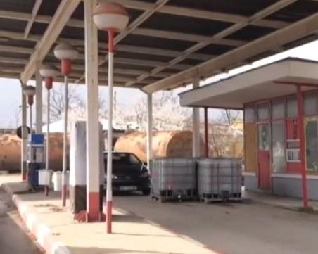 Цистерна се взриви във Враца, пострада работник