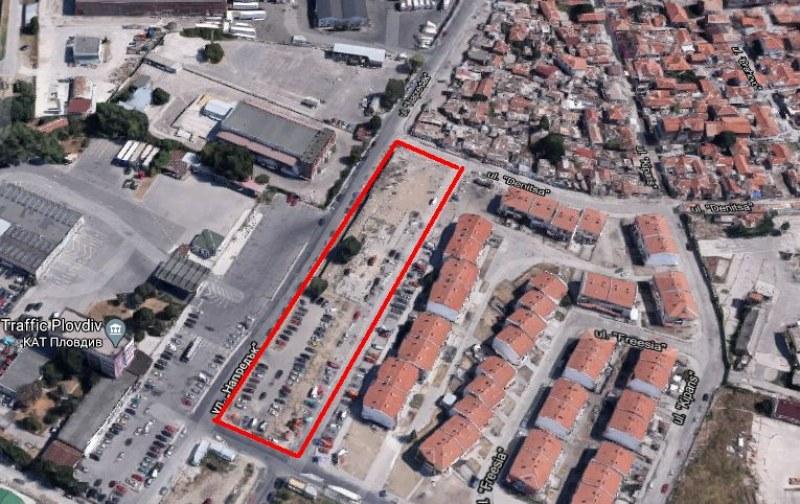 Софийска фирма взе паркинга пред КАТ в Пловдив за 2500 лв. на месец, прозрачен ли е бил търгът?