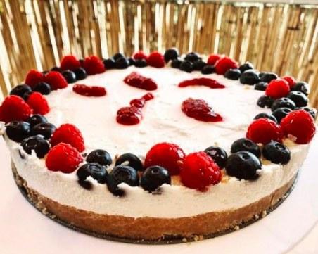 Искате лек десерт? Опитайте тази вкусна рецепта за чийзкейк