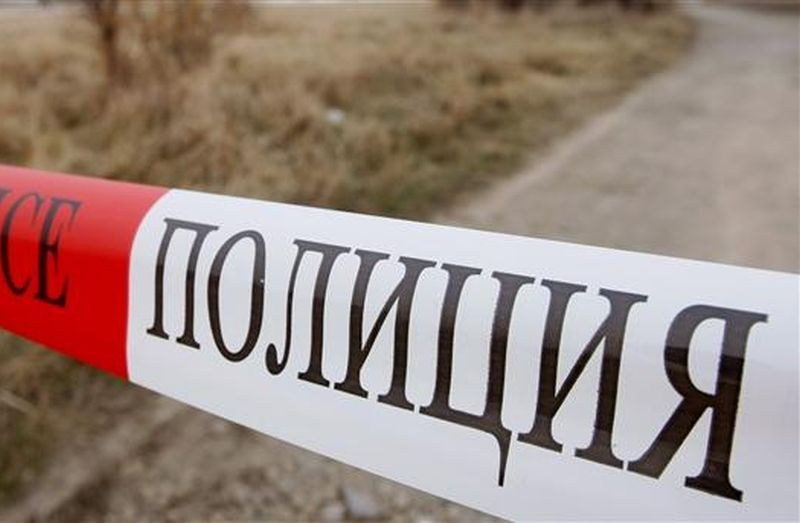 Убиецът, заклал жена в Ямбол, наръгал и приятеля й