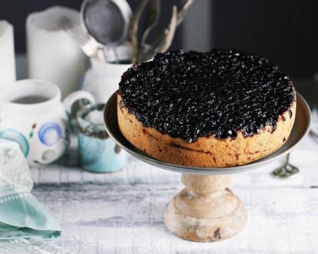 Обърната торта с боровинки - десерт, който трябва да опитате!