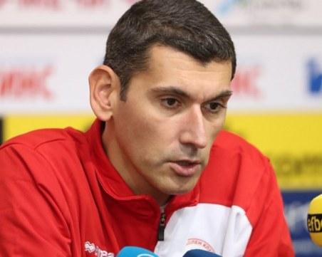 Треньорът на ЦСКА ще води Хебър до края на сезона