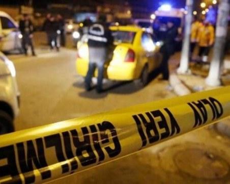 Двама убити в адвокатска кантора в Истанбул