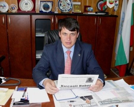 Втори кандидат-депутат се отказа от мястото си на народен представител