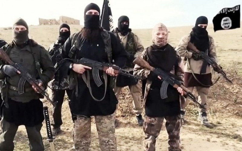 Ислямска държава с нова атака: Десетки са в плен, има убит и ранени